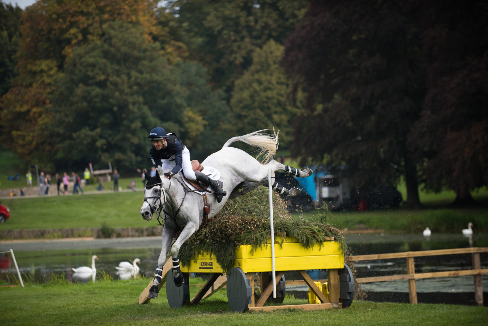 Jock Paget & Shady Grey Have A Sticky Moment But Survive & Hold 10th Place After Cross Country